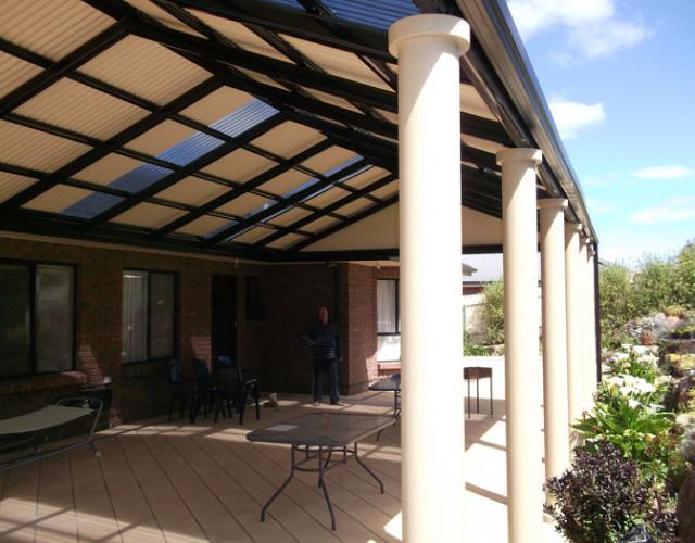 Multi span gable verandah with decorative columns all type roofing - Veranda decoratie ...