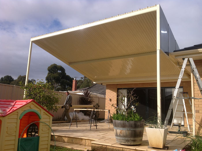 Outback Reverse Skillion With Outback Deck Roof Sheeting