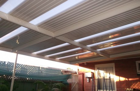 Flat outback verandah with roof lights
