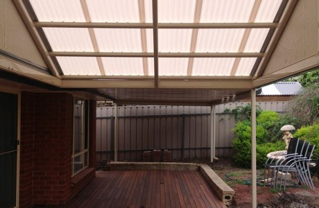 Gable/Flat Outback Verandah with Laser Light Roofing on Gable