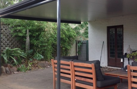 Flat Cooldeck verandah in Norwood