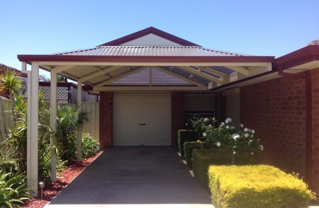 Rear Attached Dutch Roof Gable Verandah