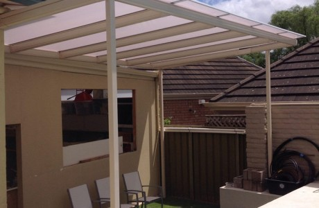 Free standing Outback verandah With Twinwall polycarb Roofing