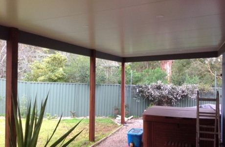 Timber Frame Verandah with Edge Gutters